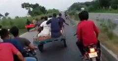 Túlhajtották a motort, az meg kifordította őket a kocsiból. Megelégelte a bivaly az egészet
