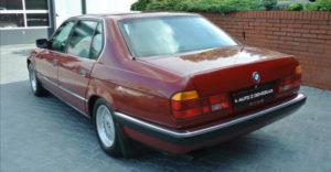 Csehországban felbukkant egy értékes páncélozott BMW 750 IL E32, amit eladásra kínálnak