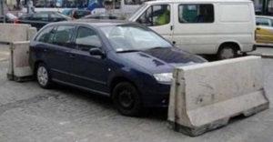 20 tahó sofőr, aki életre szóló leckét kapott a paraszt parkolásért cserébe