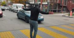 Hogyan lehetne rákényszeríteni a sofőröket, hogy megálljanak a gyalogosátkelőhely előtt