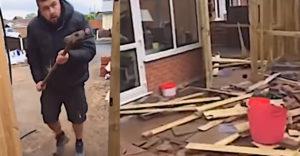 A férfi fizette ki a munkásokat az udvarán elvégzett munka után. Rövidesen úgy nézett ki az udvar, mint a háború után