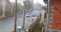 Három autó rommá tört, de a gyalogosnak nem lett semmi baja (Gyors reakció)