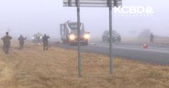 A ködből egyszercsak előbukkant egy száguldó kamion