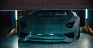 A Lamborghini igazi Aventadorra cserélte azt a replikát, amelyet az apa a fiával a garázsban építettek