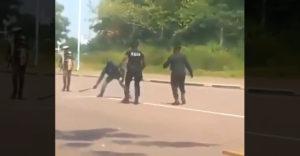 Puszta kézzel állította meg a machetés támadót a rendőr