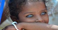 A 12 legszebb szemű lány a világon