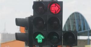 Újfajta megközelítést próbálnak ki a közlekedési lámpáknál Oroszországban