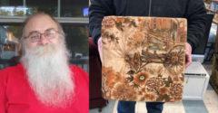 13 millió forintnak megfelelő dollárt talált a használtan vett kanapéban egy amerikai férfi