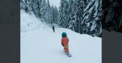 A sípálya szenzációja volt ez a 4 éves kislány a snowboardon