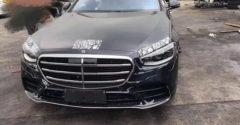 Kiszivárogtak az új Mercedes-Benz S-osztály fotói még a modell hivatalos bemutatója előtt. Szinte minden látható rajtuk