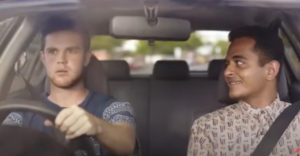 Egyszerű trükk, amivel megakadályozhatod, hogy a haverod vezetés közben telefonáljon