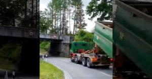 Vigyázz, 3,3 méternél magasabb járművel közlekedni tilos