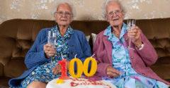 100 éves lett a legidősebb egypetéjű ikerpár, de életük nagyon is más volt a 100 évben