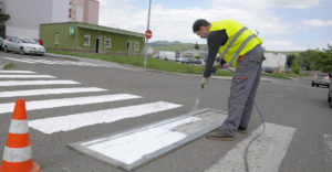 Egyedi gyalogosátkelő a szlovákiai Garamszentkereszten, amely a legbiztonságosabb jelzőt is megszerezte.