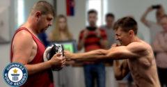 Szlovákiában világrekord született. A kick-boxos a legtöbb ütést mérte egy perc alatt