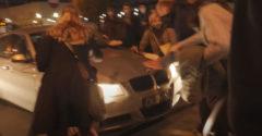 Az őrült sofőr szándékosan a tüntető nők közé hajtott, majd elmenekült (Lengyelország)