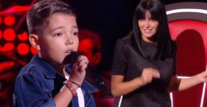 A kisfiú az egyik énekes tehetségkutatóban Elvis Presley-t énekelt. Teljesítménye elkápráztatta a zsűrit.