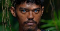 Egy különleges indonéz törzset kerítettek lencse végre, akik mágikus kék szemeikről váltak híressé