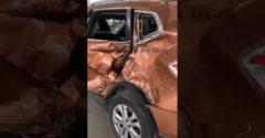 A présbe való roncsot kalapált ki az ügyes karosszérialakatos (Totálkáros autó)