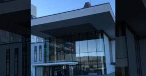 Így néz ki egy közkórház Norvégiában