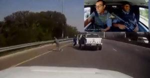 Egy páncélozott pénzszállító autó megtámadása Dél-Afrikában (Megakadályozta a rablást)