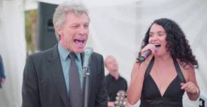 Amikor a násznép közt feltűnik Jon Bon Jovi